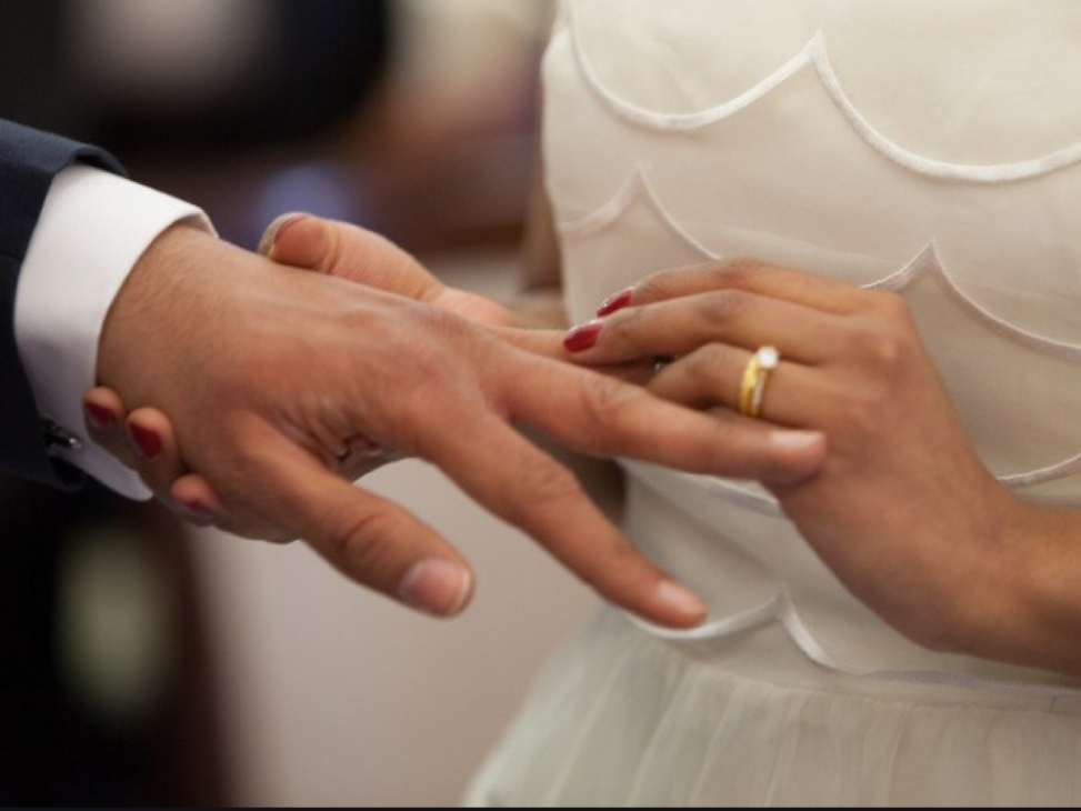 """10 Health Questions To Ask Before You Say """"I Do"""""""